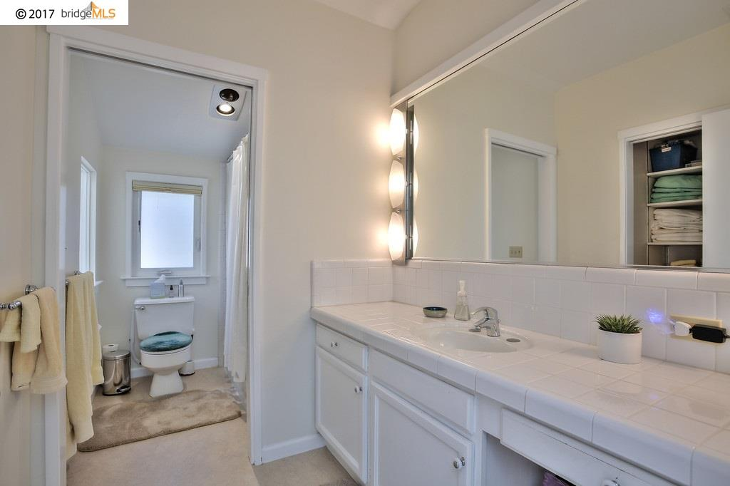 Additional photo for property listing at 691 Vincente Ave  BERKELEY, CALIFORNIA 94707
