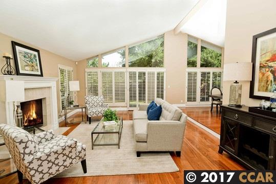 Additional photo for property listing at 131 Valley Oaks Dr  ALAMO, CALIFORNIA 94507