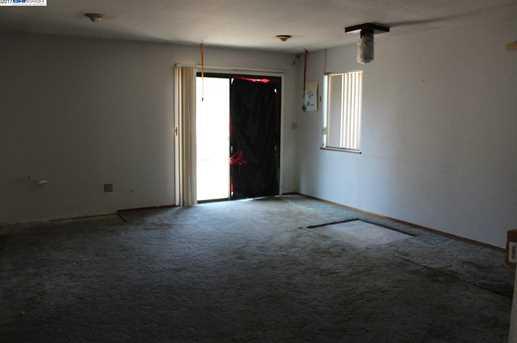 3235 Greenwood Dr - Photo 11