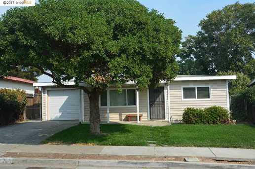 2821 Plumleigh Ave - Photo 1