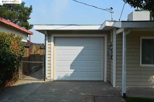 2821 Plumleigh Ave - Photo 21