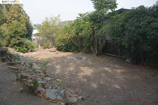 2821 Plumleigh Ave - Photo 17