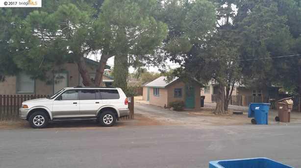 Ambrose Ave - Photo 1