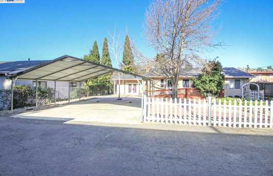1470 164th Ave - Photo 1