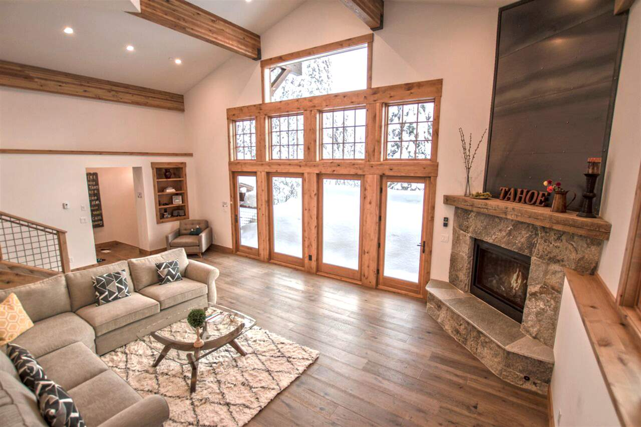Additional photo for property listing at 1572 Zurs Court  ALPINE MEADOWS, CALIFORNIA 96146