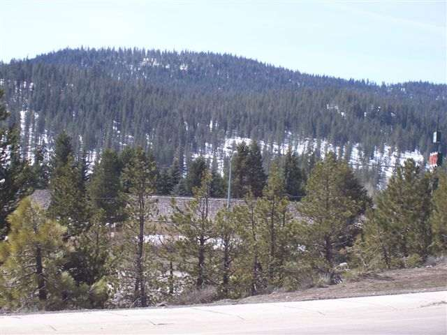 Additional photo for property listing at 12260 Deerfield Drive  TRUCKEE, CALIFORNIA 96161