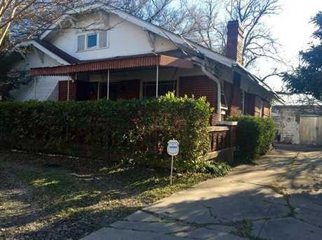 2115 N Carroll Avenue - Photo 1