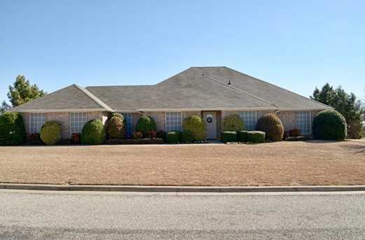 924  Meadow Hill Drive - Photo 1