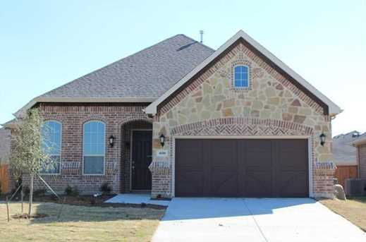 4600  Sunflower Drive - Photo 1