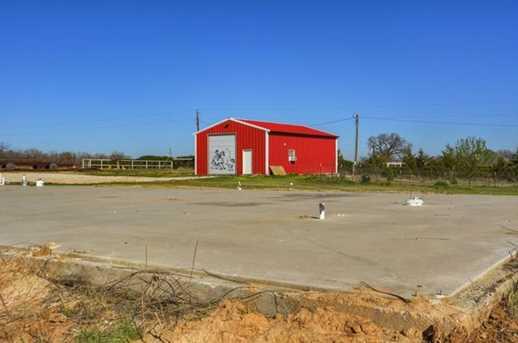 184  County Road 3383 - Photo 1