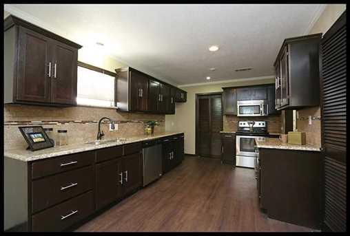 4917  Calmont Avenue - Photo 1