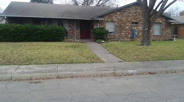 3135 Timberview Rd - Photo 1