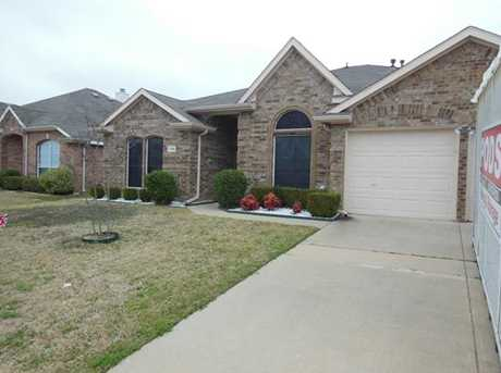 104  Lonesome Dove Lane - Photo 1