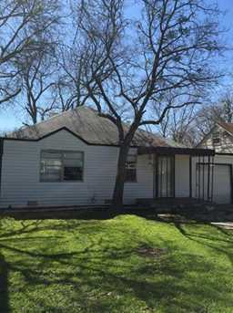2105  Fort Worth Street - Photo 1