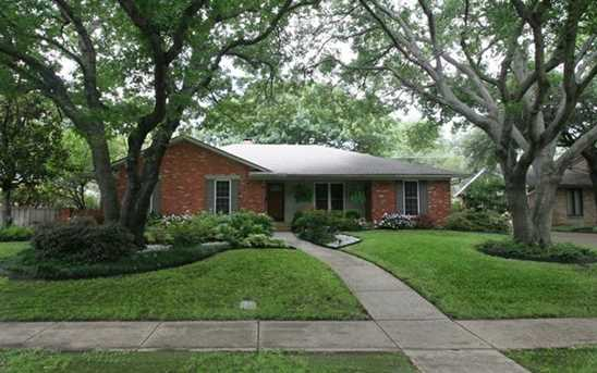 205 N Waterview Drive - Photo 1
