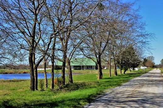486  Private Road 4402 - Photo 1