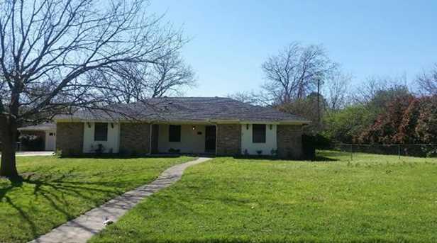 5601  Oak Hills Drive - Photo 1