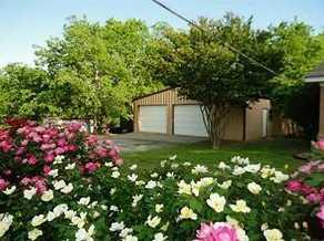 209 W Cedar St - Photo 1