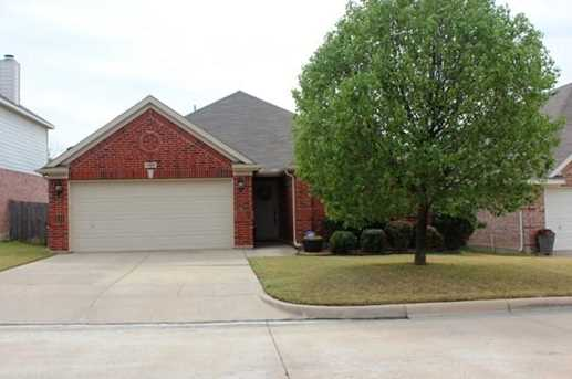 4925  Summer Oaks Lane - Photo 1