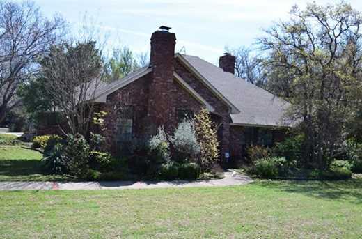 111  Royal Oak Drive - Photo 1