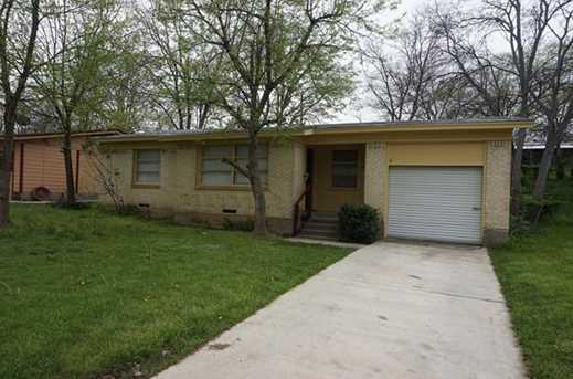 717 N Carrier Parkway - Photo 1