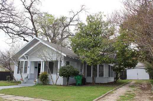 109  Davis Street - Photo 1