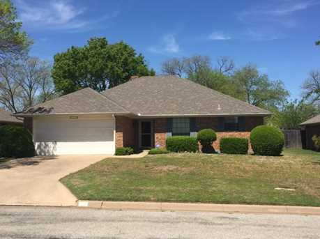 105  Forest Creek Drive - Photo 1