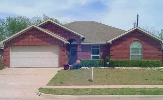 8007  McMurtry Drive - Photo 1