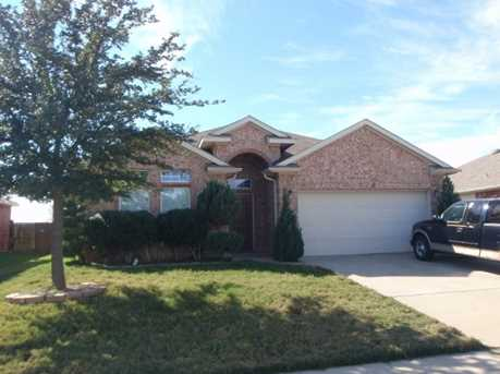1121  Sweetwater Drive - Photo 1