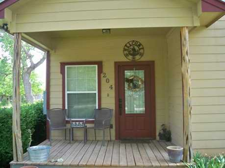 204 N Hughes Street - Photo 1