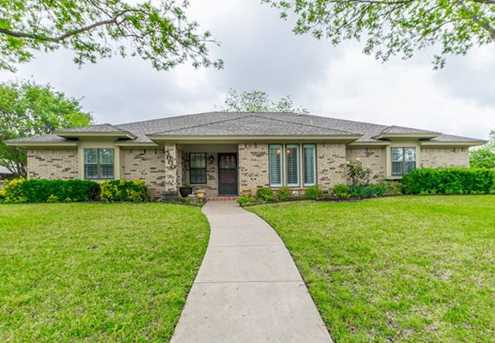 5000 Skylark Ct - Photo 1