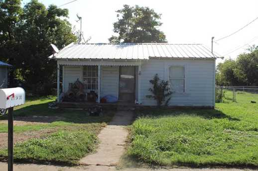 411 SW 3rd Ave - Photo 1