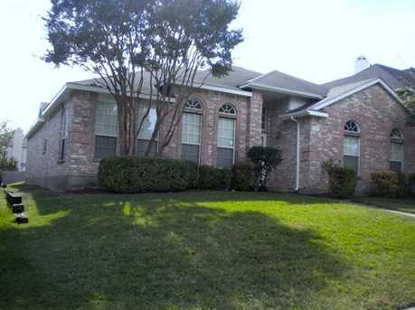 806  Sumner Drive - Photo 1