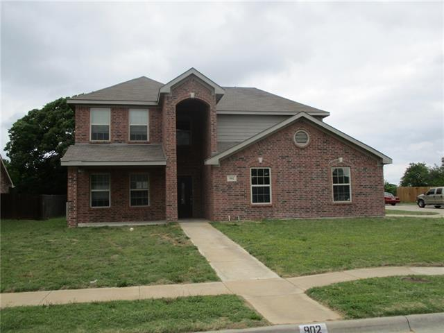 902 randall road weatherford tx 76087 mls 13579686 for Weatherford home builders