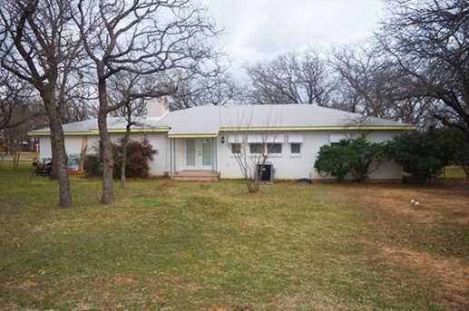 210 oaklawn avenue nocona tx 76255 mls 13593353