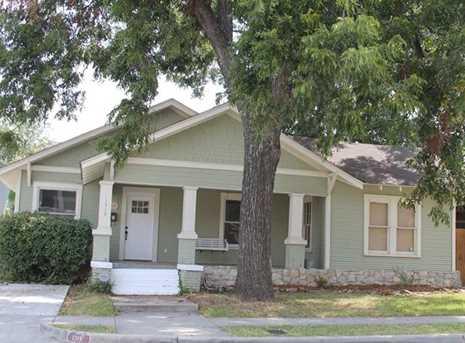 1319 S Henderson Street - Photo 1