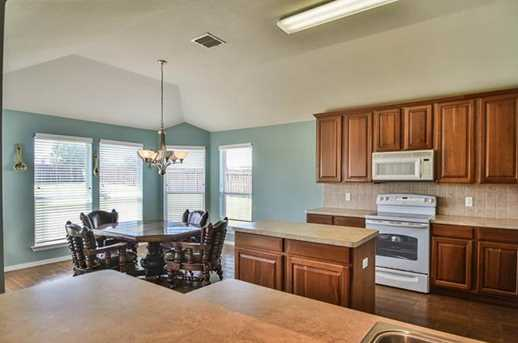 104  Rolling Spring Drive - Photo 5