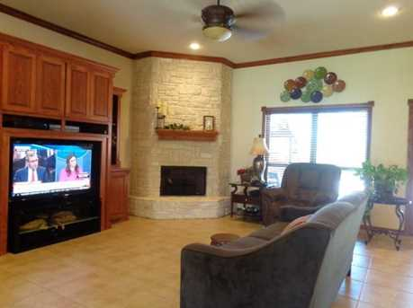 111  Lacey Court - Photo 5