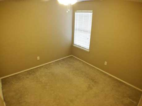 8633  Fountainview Terrace - Photo 13