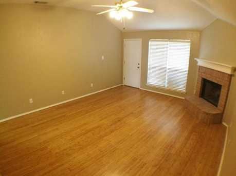 8633  Fountainview Terrace - Photo 3
