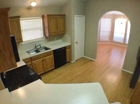 8633  Fountainview Terrace - Photo 7