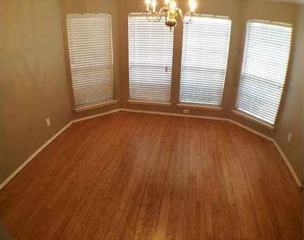 8633  Fountainview Terrace - Photo 9