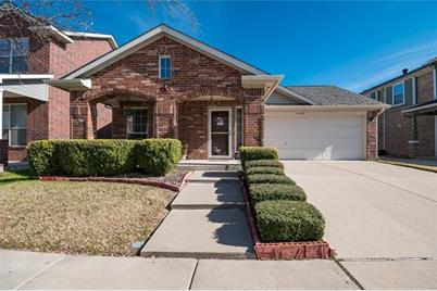 2668 Basswood Dr Grand Prairie Tx 75052 Mls 13984208 Coldwell