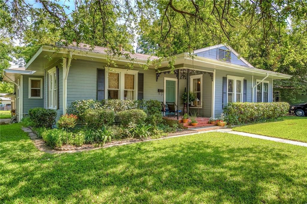 1118 Park St, Greenville, TX 75401 - MLS 14112272 - Coldwell