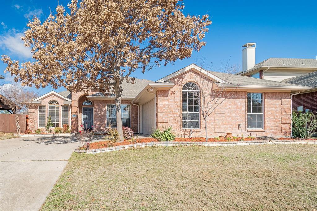 foto de 1701 Hightimber Ln, Wylie, TX 75098 - MLS 14277104 - Coldwell Banker