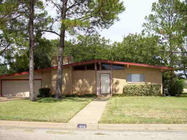 1906 9th St, Brownwood, TX 76801 - MLS 32005 - Coldwell Banker  Th Street Brownwood Tx Map on