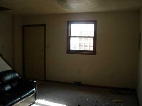 345 Highland Ave - Photo 5