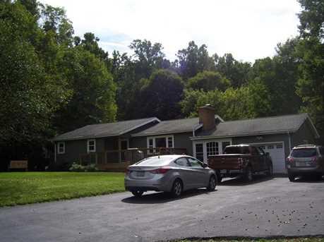 433 Shannon Creek Road - Photo 2