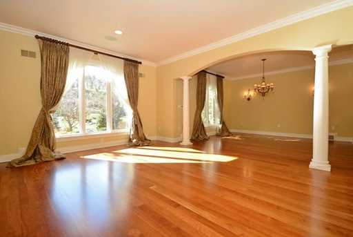 1210 Turnberry Drive - Photo 3