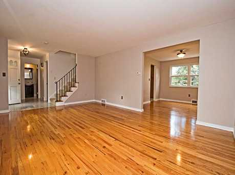129 Penhurst Drive - Photo 3